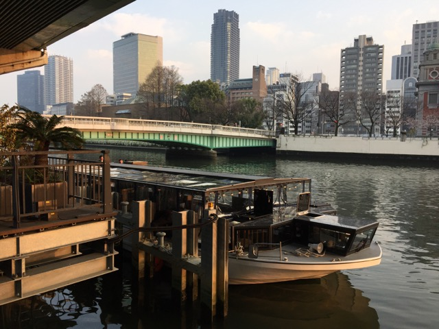 大阪リバークルーズ船竣工