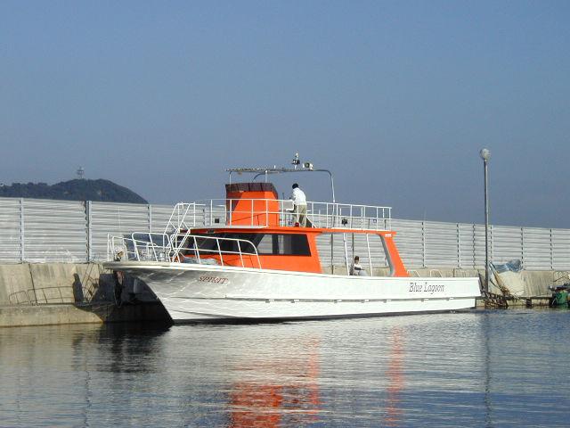 石垣島向きダイビングボートSPIRIT