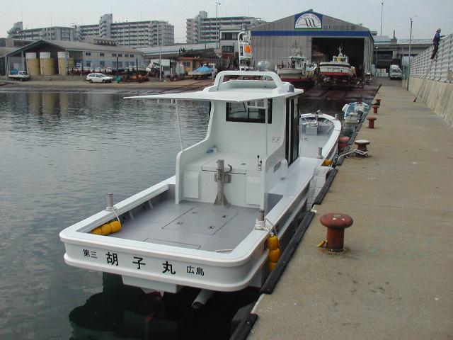 広島カキ養殖船 胡子丸