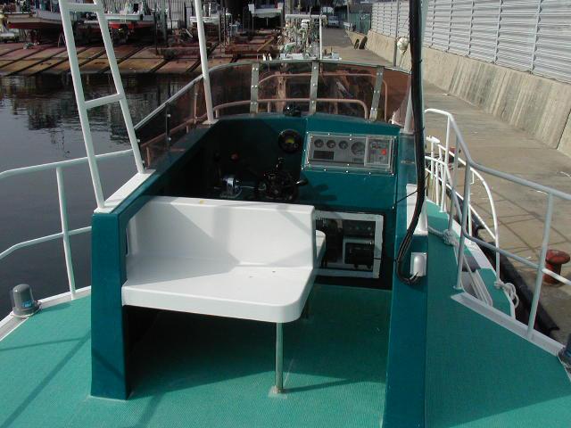小笠原向きダイビングボートESCORT
