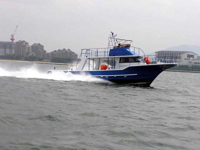 慶良間諸島ダイビングボート Dive Gobies