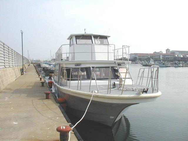 ニューカレドニアダイビングボート PICTILIS